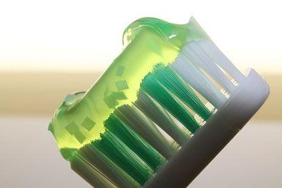 歯磨き粉の殺菌剤